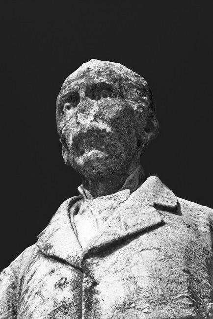 cimitero-monumentale-portrait-sculpture-5