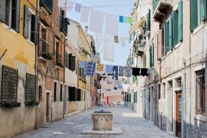 Venezia 7-6-2011 9-42-01 AM